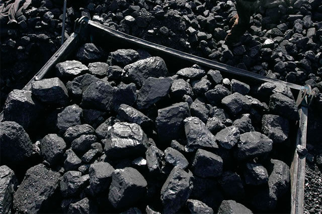 Carvão, carvoaria Sorocaba
